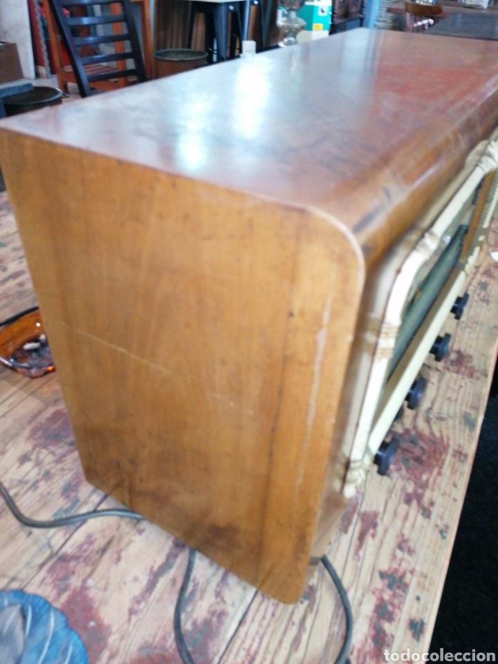 Radios de válvulas: Radio con caja de madera - Foto 3 - 219514241