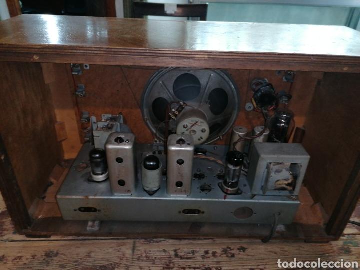 Radios de válvulas: Radio con caja de madera - Foto 4 - 219514241