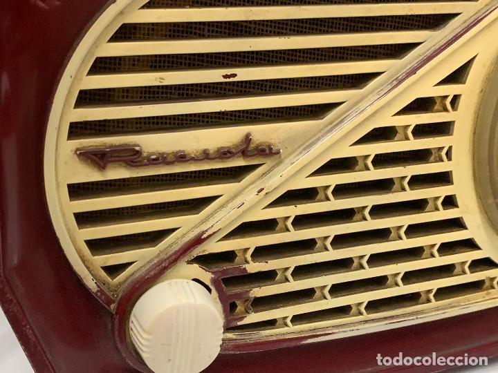Radios de válvulas: Preciosa radio de baquelita de tamaño pequeño RADIOLA. modelo raro - Foto 5 - 219546322