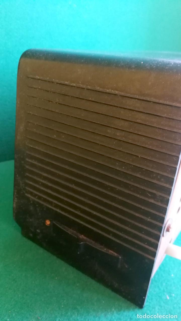 Radios de válvulas: RADIO PHILIPS B1E 92U - 1959 - BUEN ESTADO Y FUNCIONANDO - Foto 5 - 219763390