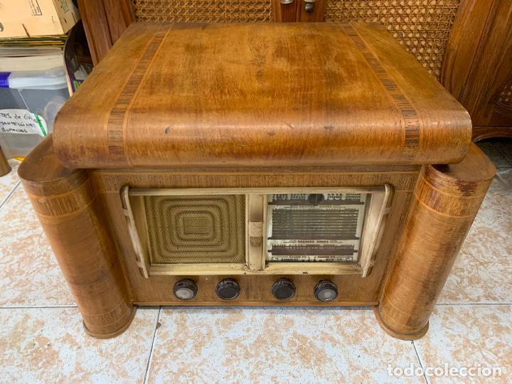Radios de válvulas: Excepcional radio tocadiscos, ART-DECO, STROBOSCOPE MILLS SIRENAVOX. Rarisima. Pieza de museo - Foto 3 - 220366938