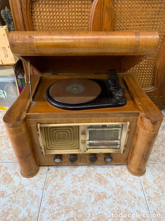Radios de válvulas: Excepcional radio tocadiscos, ART-DECO, STROBOSCOPE MILLS SIRENAVOX. Rarisima. Pieza de museo - Foto 19 - 220366938