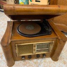 Radios de válvulas: EXCEPCIONAL RADIO TOCADISCOS, ART-DECO, STROBOSCOPE MILLS SIRENAVOX. RARISIMA. PIEZA DE MUSEO. Lote 220366938