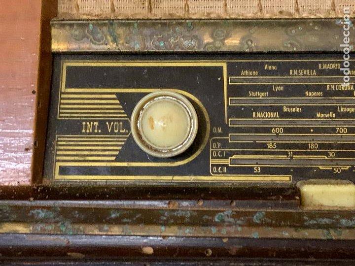 Radios de válvulas: Antigua radio MARCONI, modelo AM-96, ver fotos - Foto 11 - 220369357