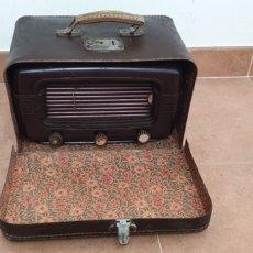 Radios de válvulas: RADIO PORTATIL SUPER-AS CON SU MALETIN DE TRANSPORTE. Lote 220702561