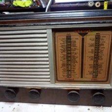 Rádios de válvulas: ANTIGUA RADIO A VALVULAS OLYMPIA 512. Lote 220996338
