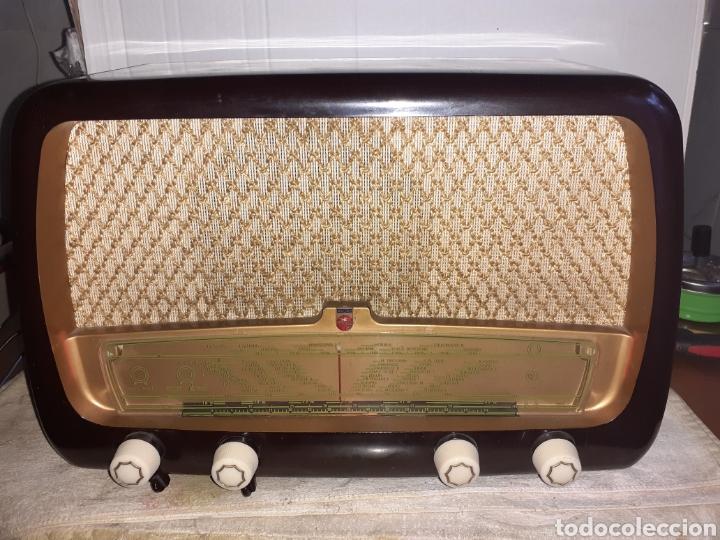Radios de válvulas: Radio Philips HV 2502 A 50, funcionando - Foto 3 - 221310532