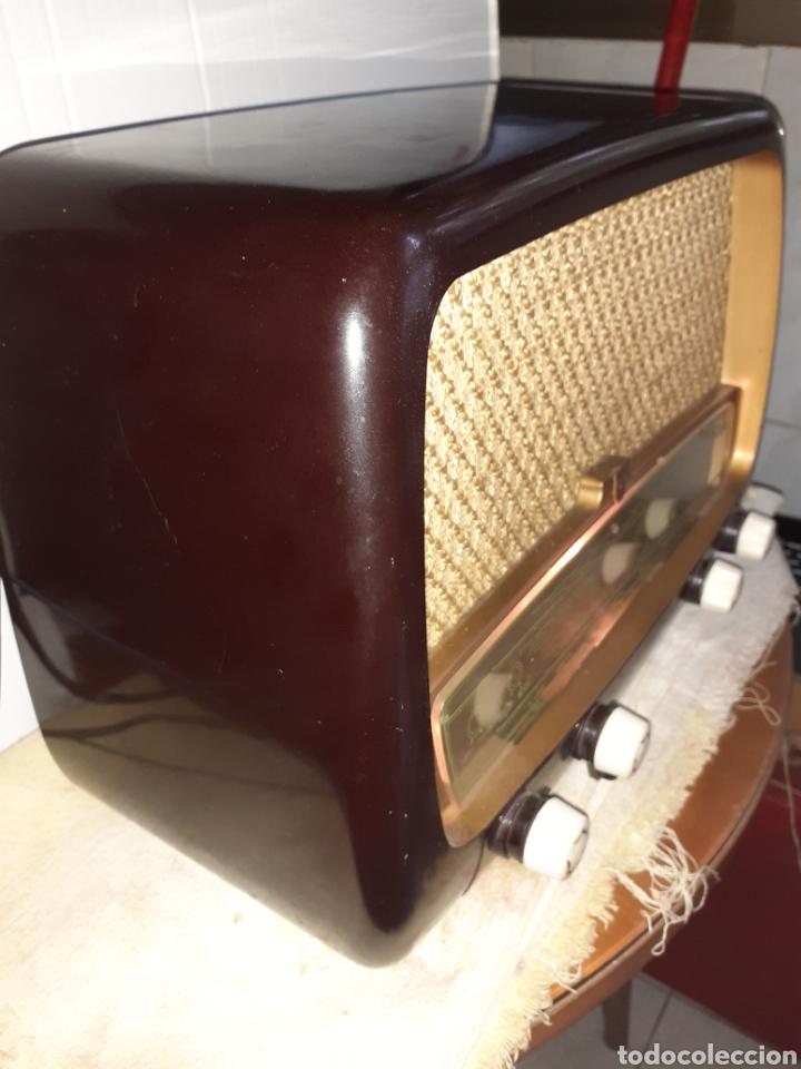 RADIO PHILIPS HV 2502 A 50, FUNCIONANDO (Radios, Gramófonos, Grabadoras y Otros - Radios de Válvulas)