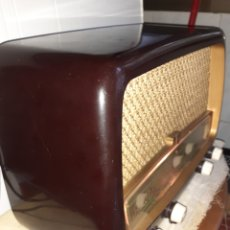 Radios de válvulas: RADIO PHILIPS HV 2502 A 50, FUNCIONANDO. Lote 221310532