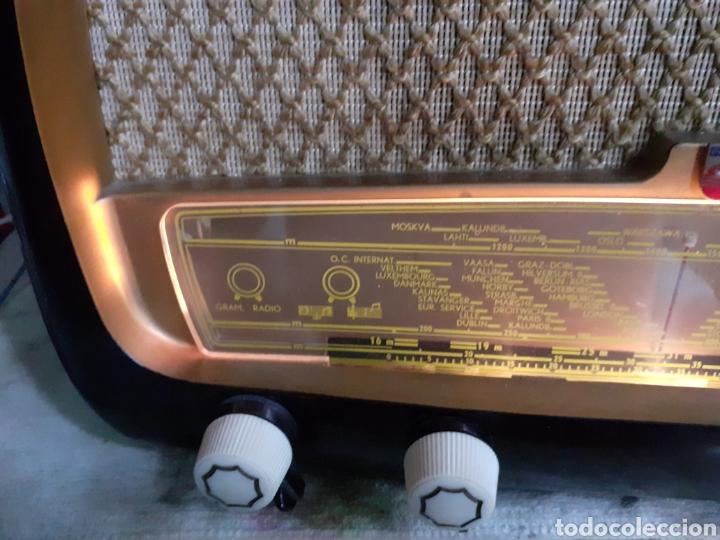 Radios de válvulas: Radio Philips HV 2502 A 50, funcionando - Foto 6 - 221310532