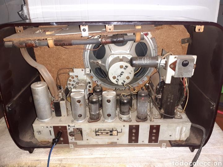 Radios de válvulas: Radio Philips HV 2502 A 50, funcionando - Foto 8 - 221310532