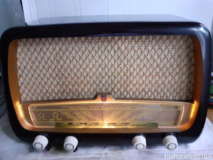 Radios de válvulas: Radio Philips HV 2502 A 50, funcionando - Foto 2 - 221310532