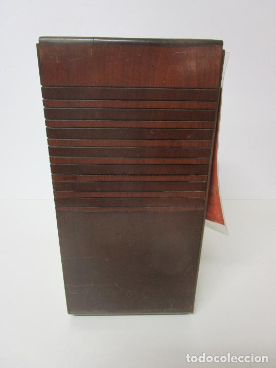 Radios de válvulas: Radio Zenith 812 - Art Decó - se Fabricaron 1154 Unidades -Instrucciones - Año 1935 - Foto 17 - 221359693