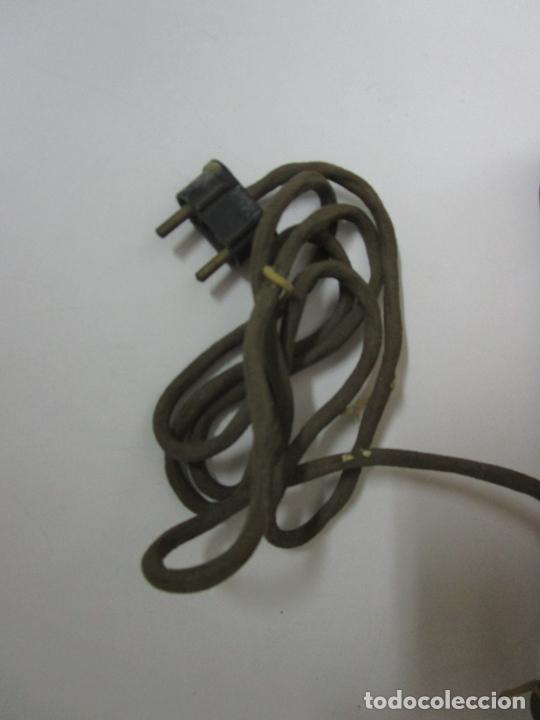 Radios de válvulas: Radio Zenith 812 - Art Decó - se Fabricaron 1154 Unidades -Instrucciones - Año 1935 - Foto 27 - 221359693