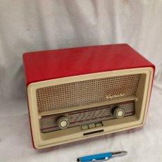 Radios de válvulas: PRECIOSA RADIO ANTIGUA TELEFUNKEN CAPRICHO!. Lote 221843336