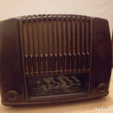 Radios de válvulas: RADIO TELEFUNKEN CANARIAS V-1265 BAQUELITA. FUNCIONANDO. Lote 222012790