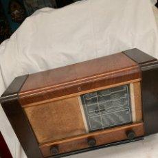 Radios de válvulas: ANTIGUA RADIO PHILIPS!1947. Lote 222076961
