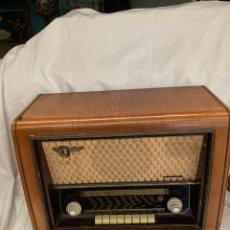 Radios de válvulas: ANTIGUA RADIO TELEFUNKEN CONCERTINA!. Lote 222077113