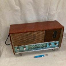 Radios de válvulas: ANTIGUA RADIO DE MADERA!. Lote 222077245