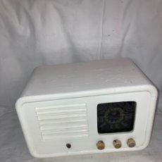 Radios de válvulas: ANTIGUA RADIO CLARION!. Lote 222078600