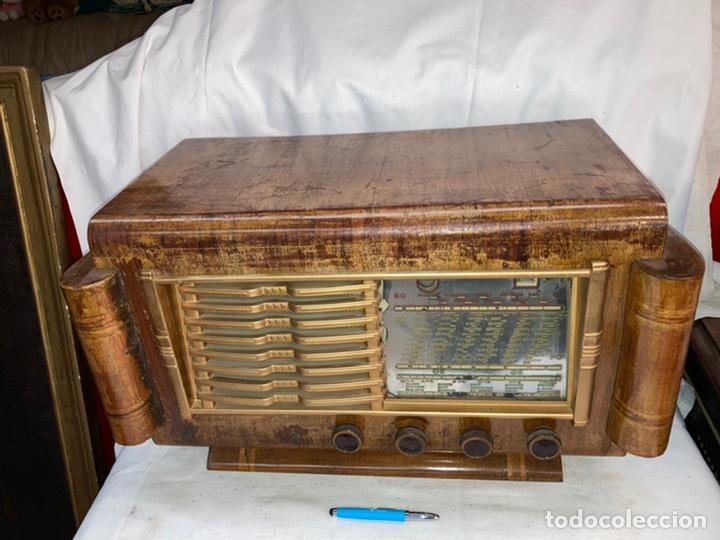 ANTIGUA RADIO FRANCESA! (Radios, Gramófonos, Grabadoras y Otros - Radios de Válvulas)
