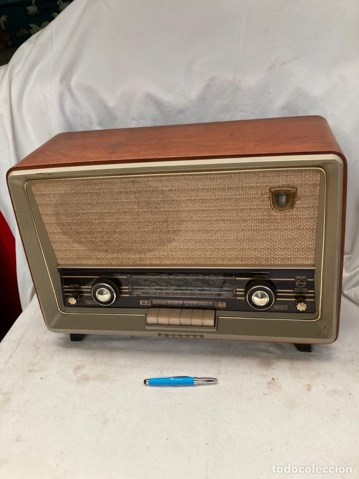 ANTIGUA RADIO PHILIPS CON ORQUESTRA EN EL DIAL! (Radios, Gramófonos, Grabadoras y Otros - Radios de Válvulas)