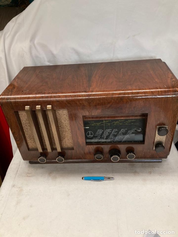 RADIO ANTIGUA PAILLARD! (Radios, Gramófonos, Grabadoras y Otros - Radios de Válvulas)