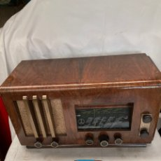 Radios de válvulas: RADIO ANTIGUA PAILLARD!. Lote 222079547