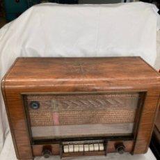 Radios de válvulas: ANTIGUA RADIO TELEFUNKEN IMPERIAL 2. Lote 222084955
