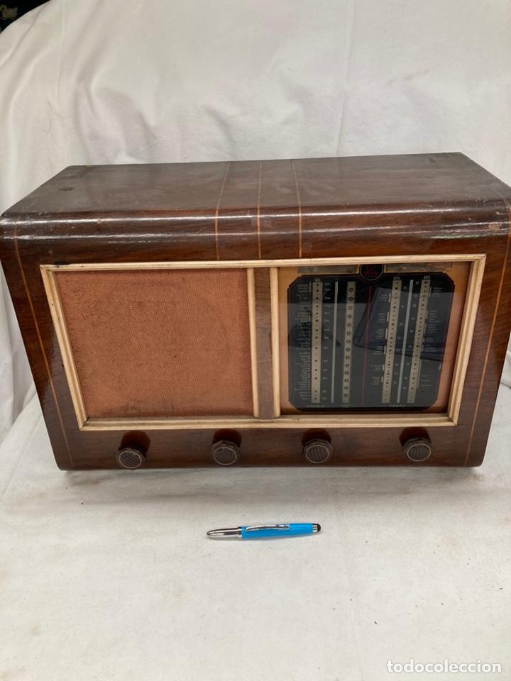 RADIO ANTIGUA MARCA FZ (Radios, Gramófonos, Grabadoras y Otros - Radios de Válvulas)