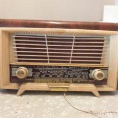 Radios de válvulas: ANTIGUA RADIO DE VÁLVULAS. Lote 224724072