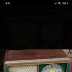 Radio a valvole: IMPRESIONANTE RADIO ANTIGUA DE VÁLVULAS DIAL REDONDO FUNCIONA. Lote 224903037
