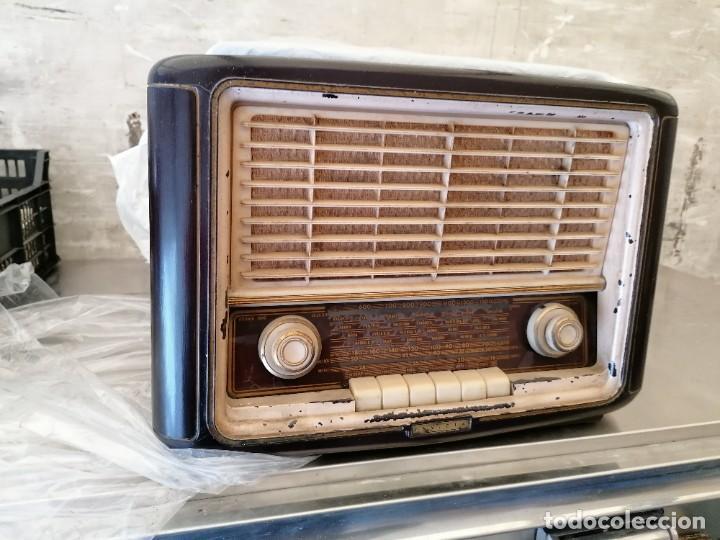 RADIO ANTIGUA NO PROVADA MARCA INVICTA (Radios, Gramófonos, Grabadoras y Otros - Radios de Válvulas)