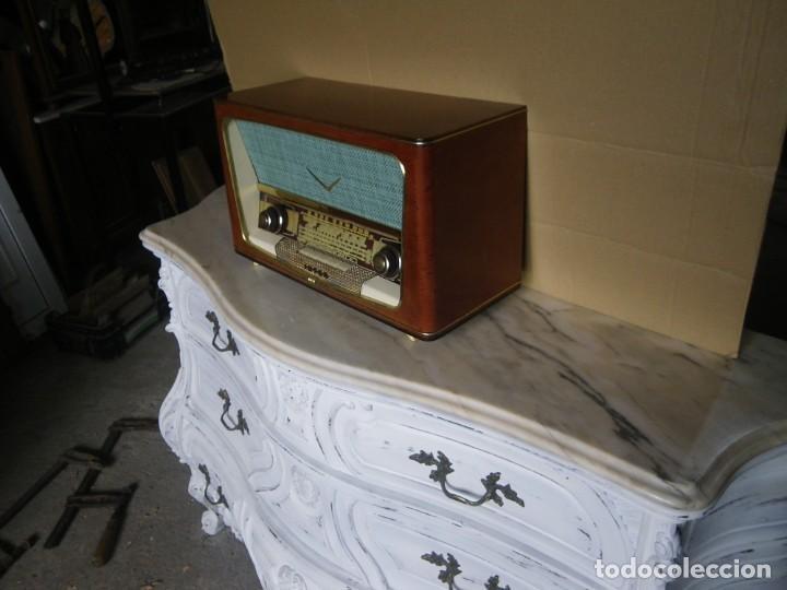 Radios de válvulas: ANTIGUA RADIO RESTAURADA MADERA DE NOGAL . MARCA INTER - Foto 9 - 225285776