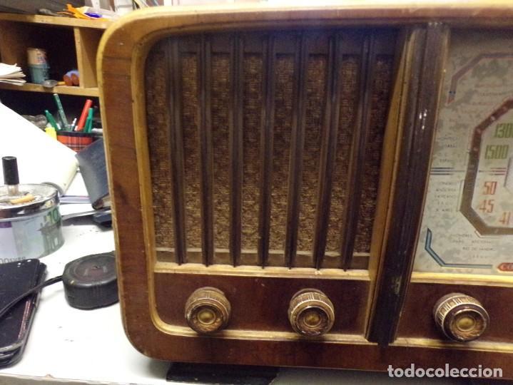 Radios de válvulas: bonita radio de valvulas creo marca melodial modelo 30-T - Foto 2 - 226110665