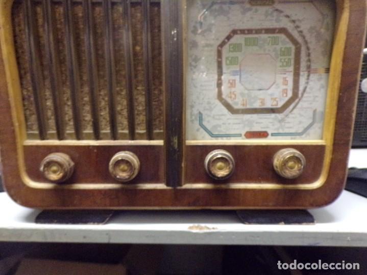 Radios de válvulas: bonita radio de valvulas creo marca melodial modelo 30-T - Foto 5 - 226110665