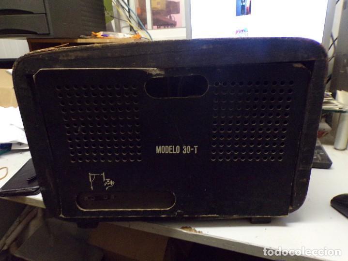 Radios de válvulas: bonita radio de valvulas creo marca melodial modelo 30-T - Foto 10 - 226110665