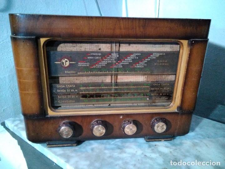 ANTIGUA RADIO DE VALULAS PARA REPARAR (Radios, Gramófonos, Grabadoras y Otros - Radios de Válvulas)