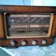 Radio a valvole: ANTIGUA RADIO DE VALULAS PARA REPARAR. Lote 226641240