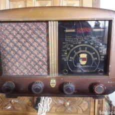 Radios de válvulas: ANTIGUO APARATO DE RADIO ROYAM. Lote 228127705