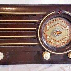 Rádios de válvulas: ANTIGUA RADIO VÁLVULAS ASCAR MODELO 438U; BAQUELITA. Lote 228241290