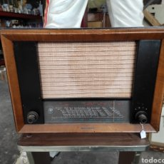 Radios de válvulas: ANTIGUA RADIO DE VALVULAS TELEFUNKEN. SIN PROBAR (FALTA CABLE ALIMENTACIÓN). Lote 228423535