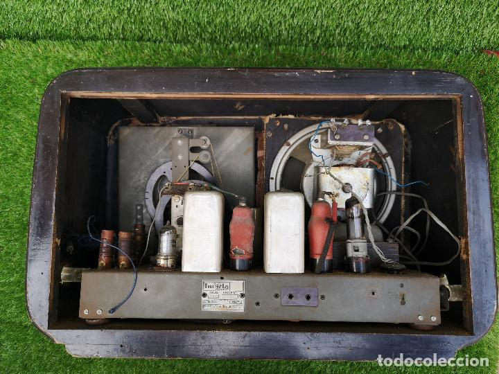 Radios de válvulas: RADIO INVICTA 330. MUEBLE MADERA. PRECIOSA. (VER FOTOS) - Foto 10 - 149542906