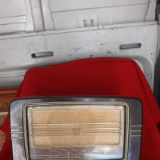 Radios à lampes: ANTIGUA RADIO PHILIPS DE BAKELITA. Lote 229854235