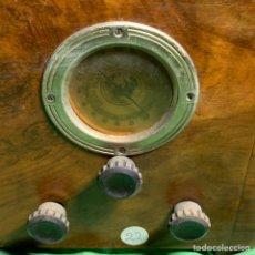 Radios à lampes: ANTIGUA RADIO DE VÁLVULAS (SIN COMPROBAR). Lote 230631065