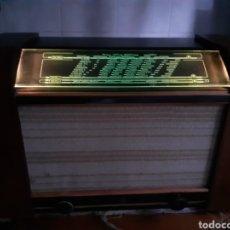 Radios de válvulas: RADIO PHILIPS, 758 U, FUNCIONANDO.. Lote 231530380