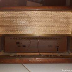 Radios de válvulas: MUEBLE DE RADIO SCHAUB LORENZ, CON ALTAVOCES Y TAPAS INCLUIDO,MUY BUEN ESTADO.. Lote 231526185