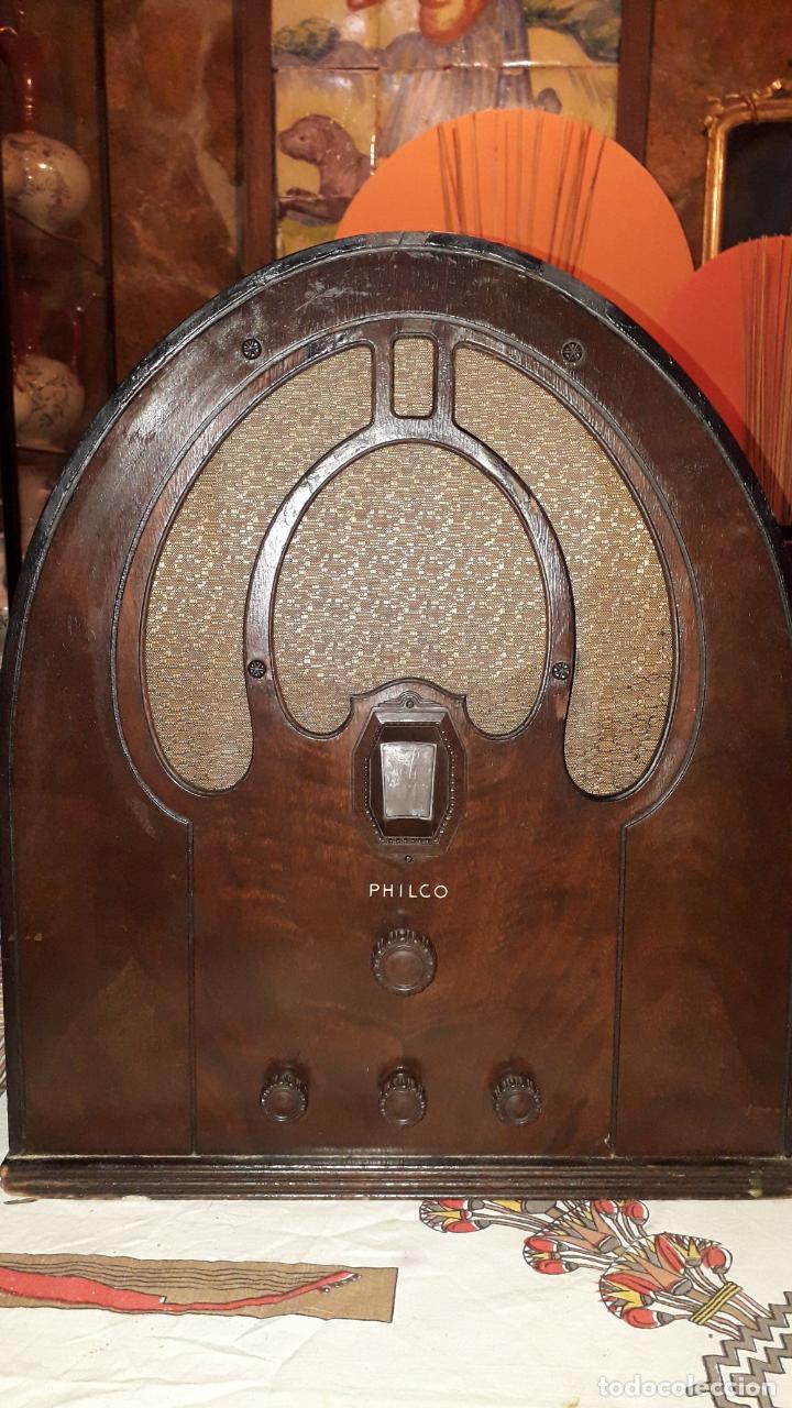 RADIO DE CAPILLA PHILCO (Radios, Gramófonos, Grabadoras y Otros - Radios de Válvulas)