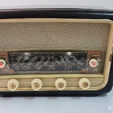 Radios de válvulas: RADIO A VALVULAS. Lote 233243475