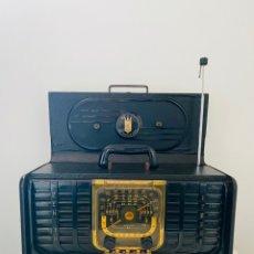 Radios de válvulas: ZENITH TRANS-OCEANIC 8G005. Lote 233975860